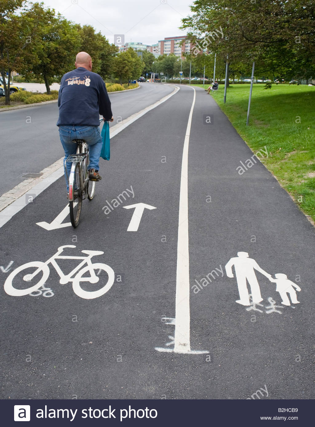 Semi-shared Bike Path