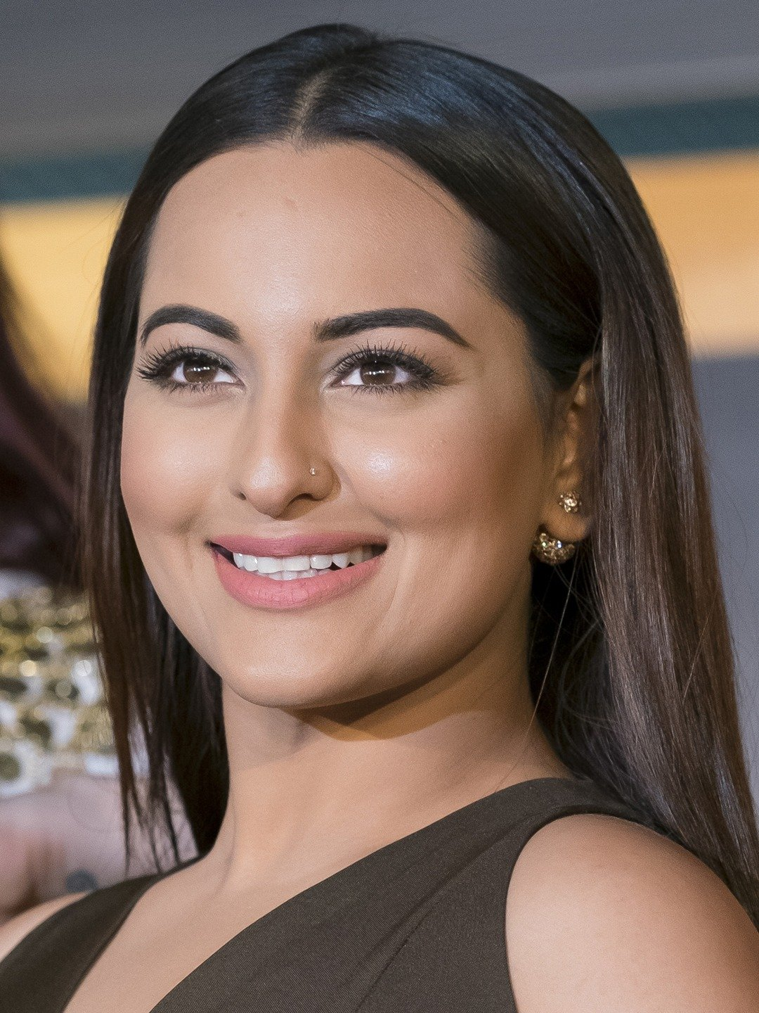 Communication on this topic: Georgia Holt, sonakshi-sinha/