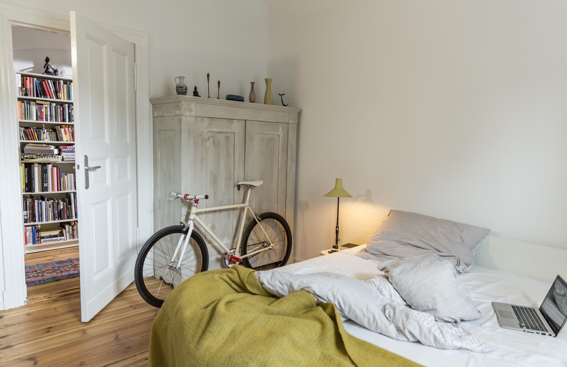 Schlafzimmer.