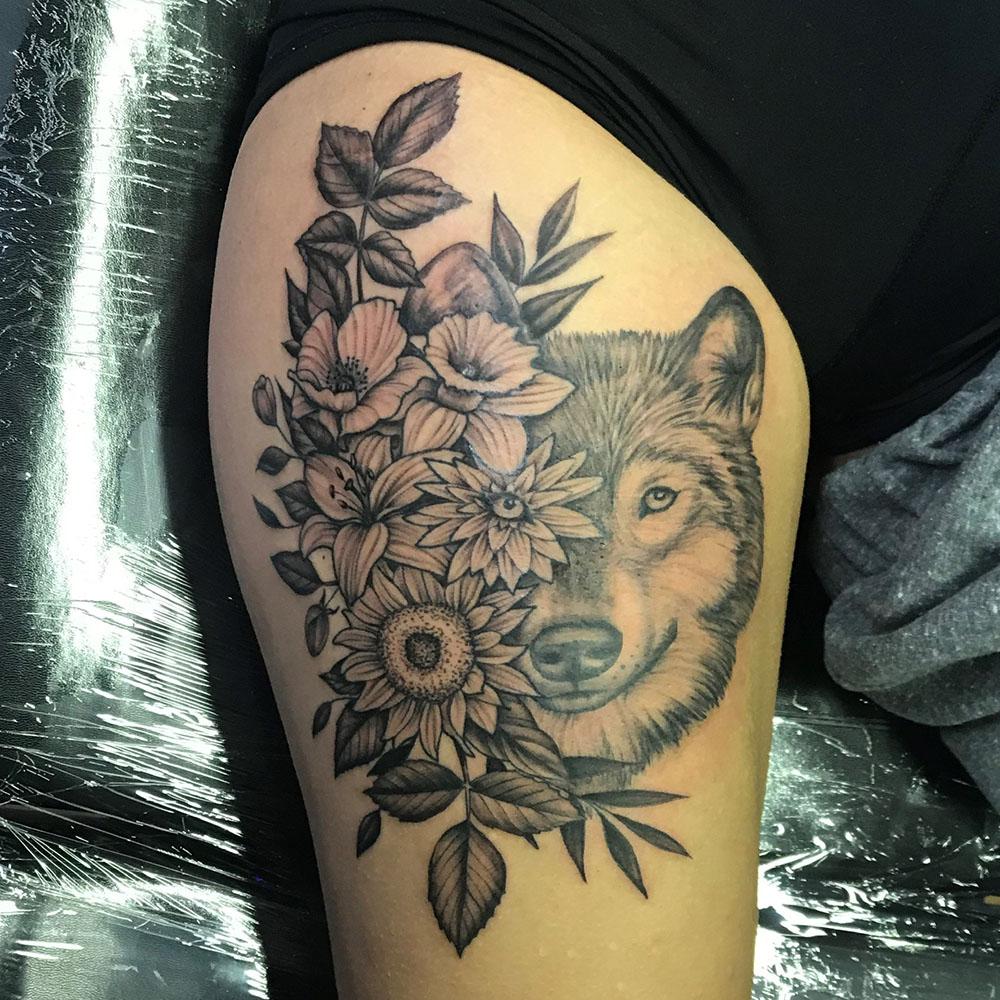 Tess Perry, Tess Perry Tattoos