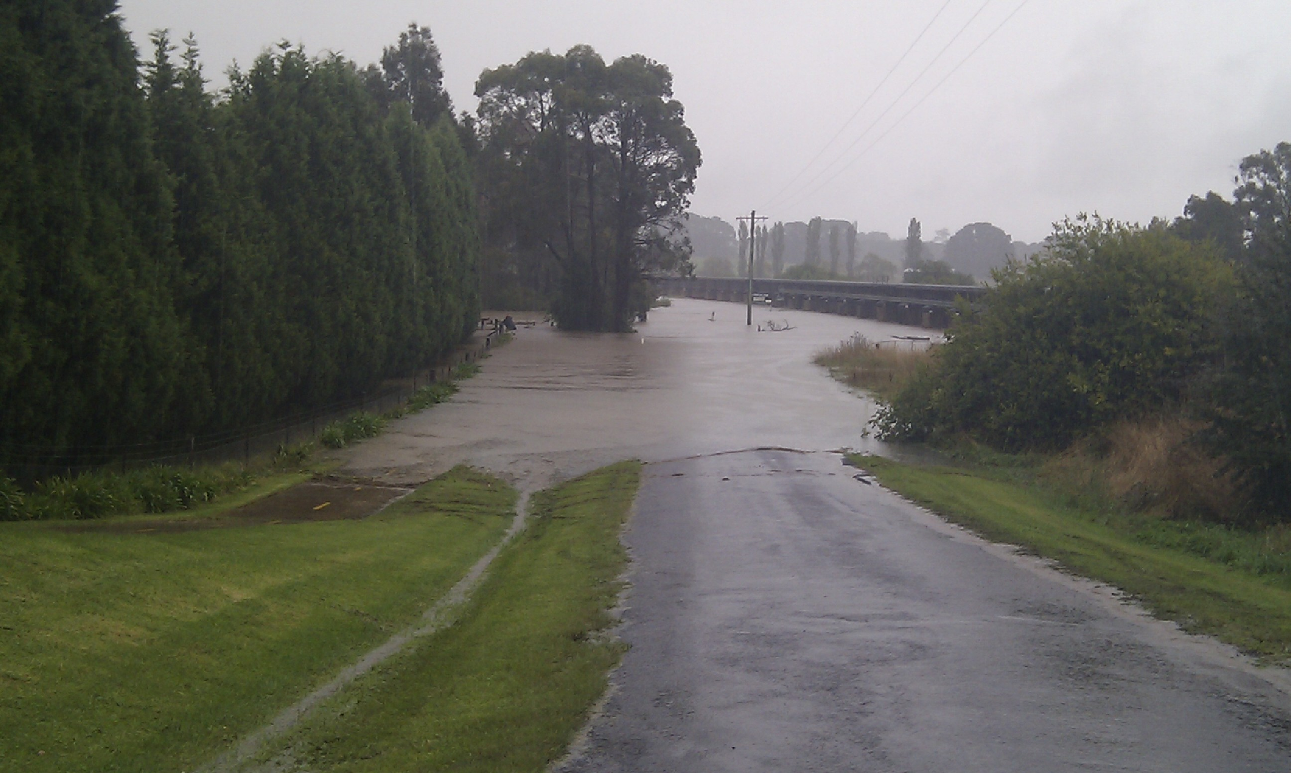 June 2007 Flood, Railway Road Burradoo
