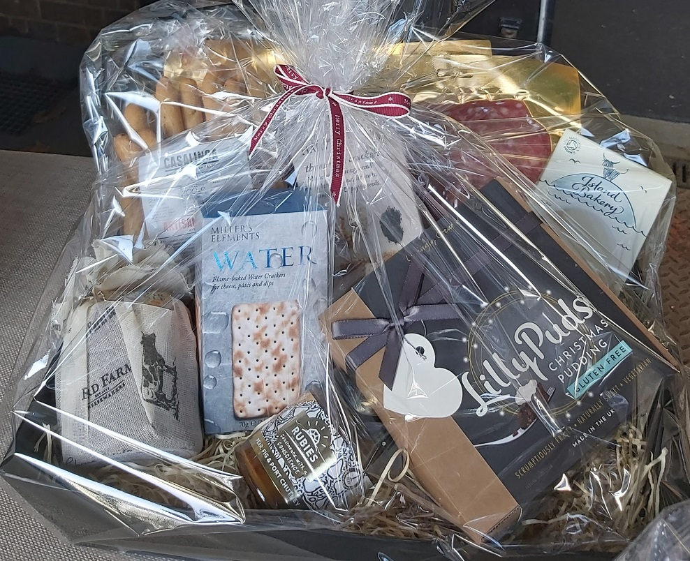 """<span style=""""font-size: 10pt;"""">(this is an example image of the Hamper and is not the exact Hamper that will be received)</span>"""