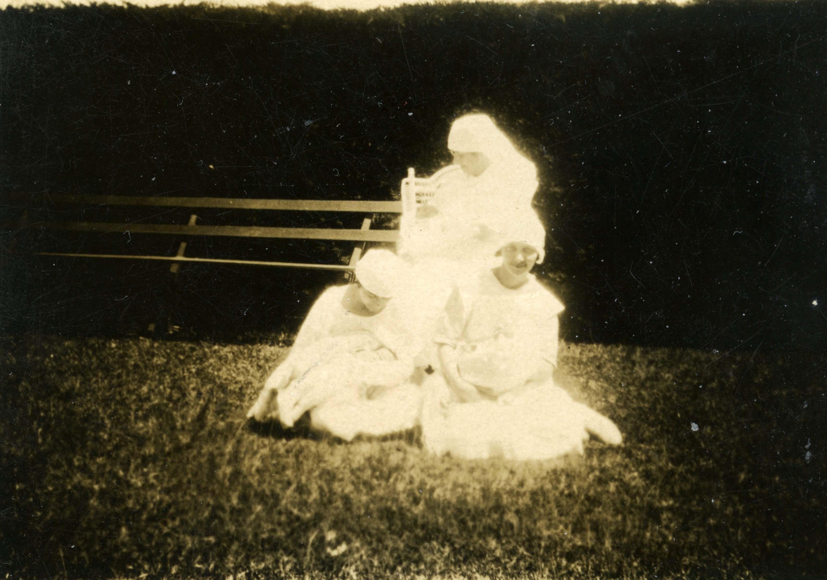 36. Maternity nurses, 1927
