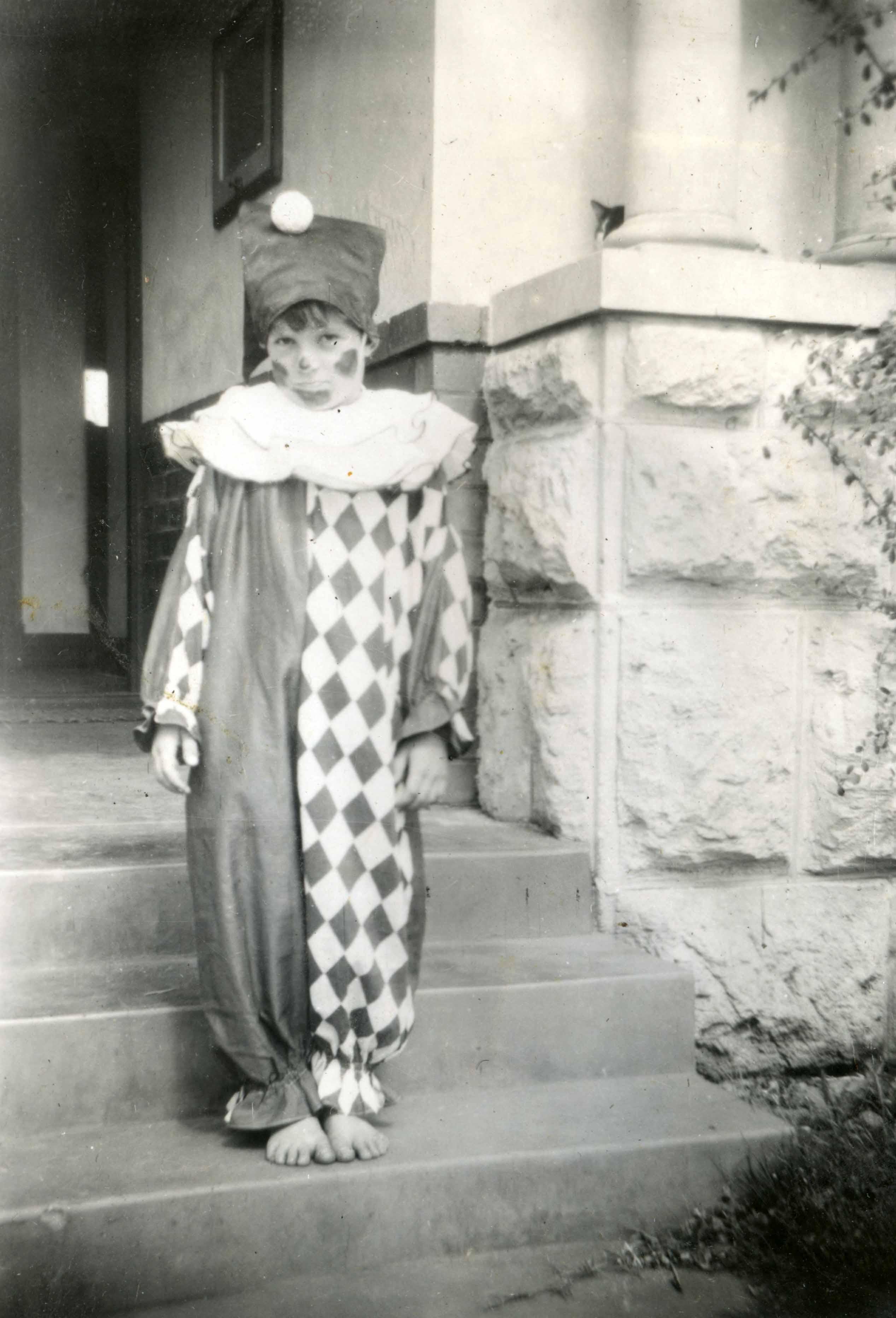 170. Roy Daley, Doris St 1948