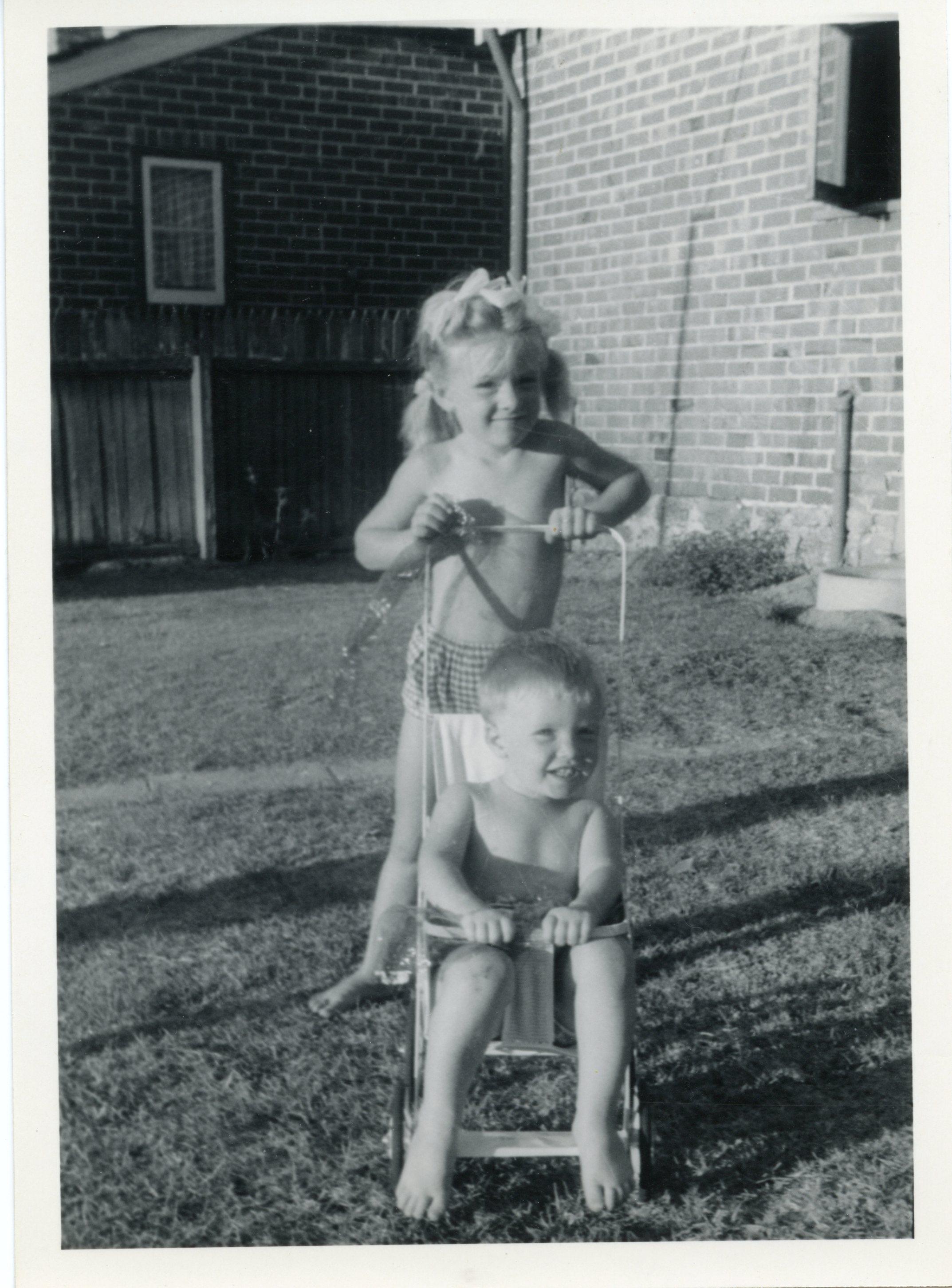112. Kids at 77 Egina Street, 1962