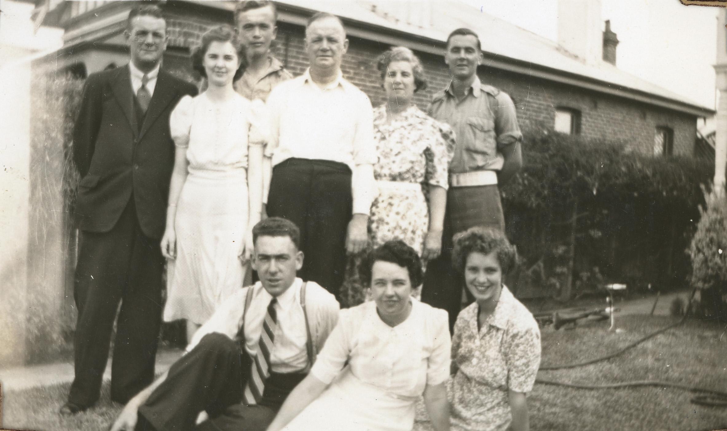 73. The Beadles, Newcastle St 1943