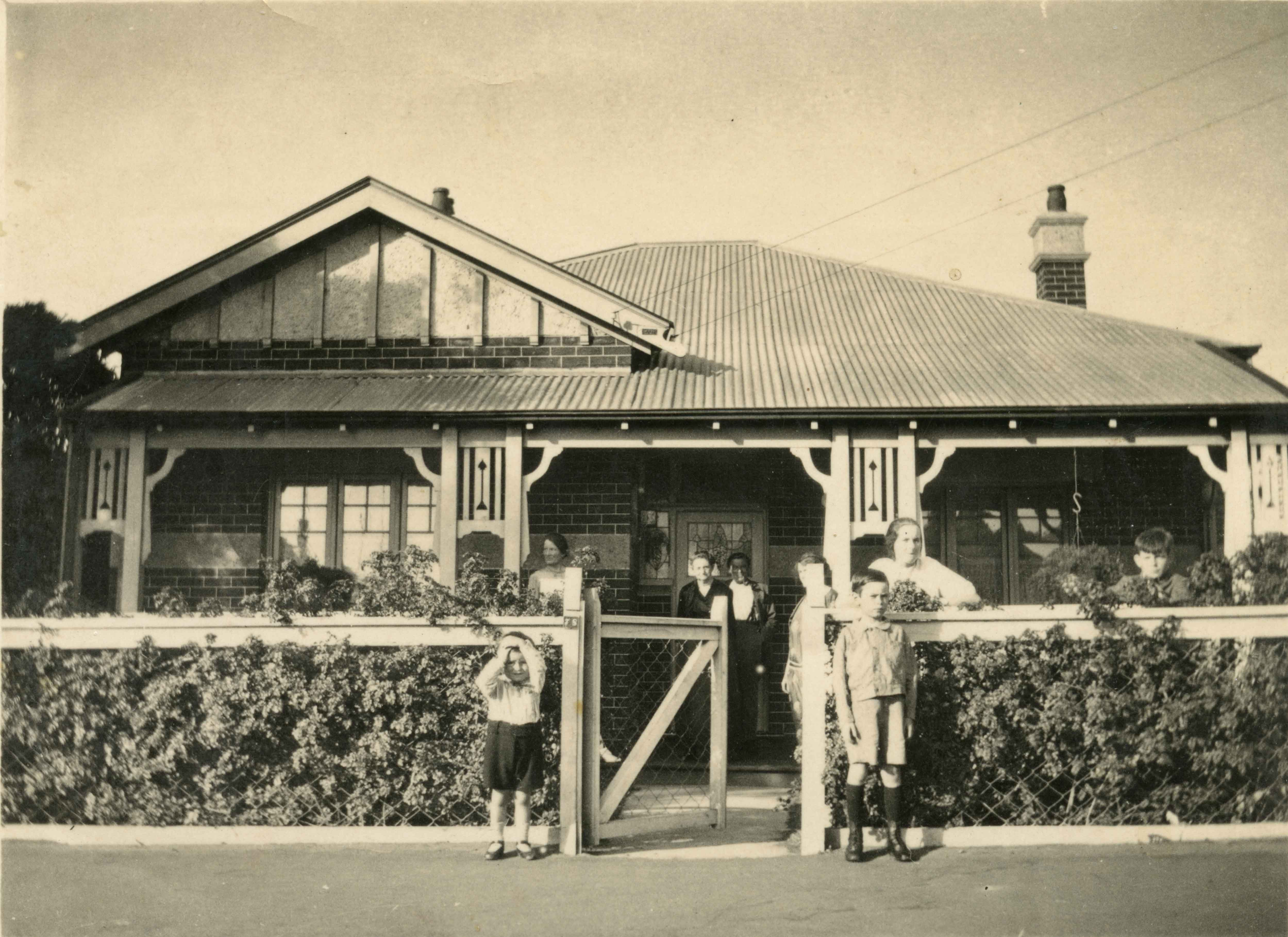 75. 78 Carr St West Perth 1925