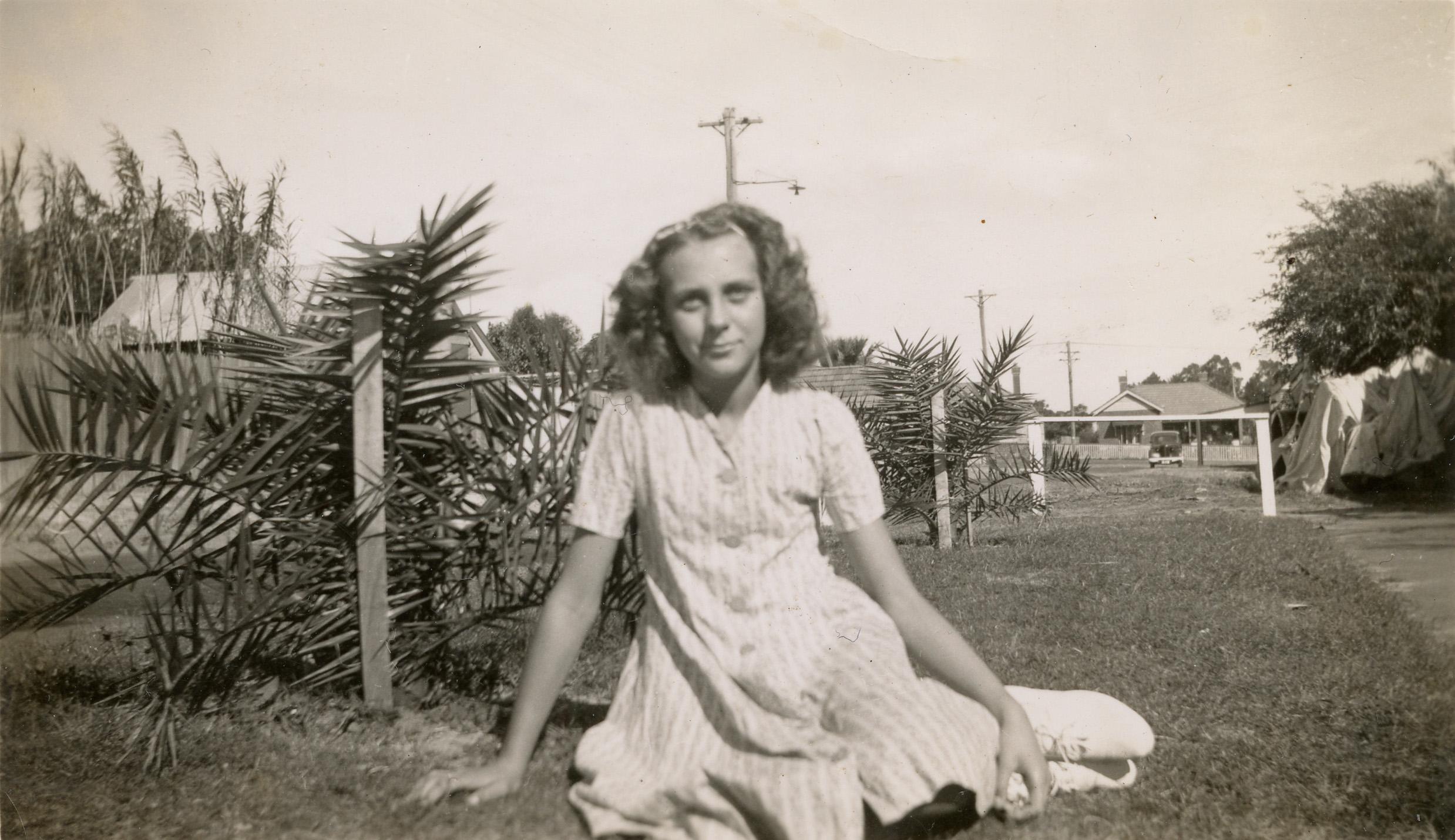 16. Beryl MacLennan, 1942