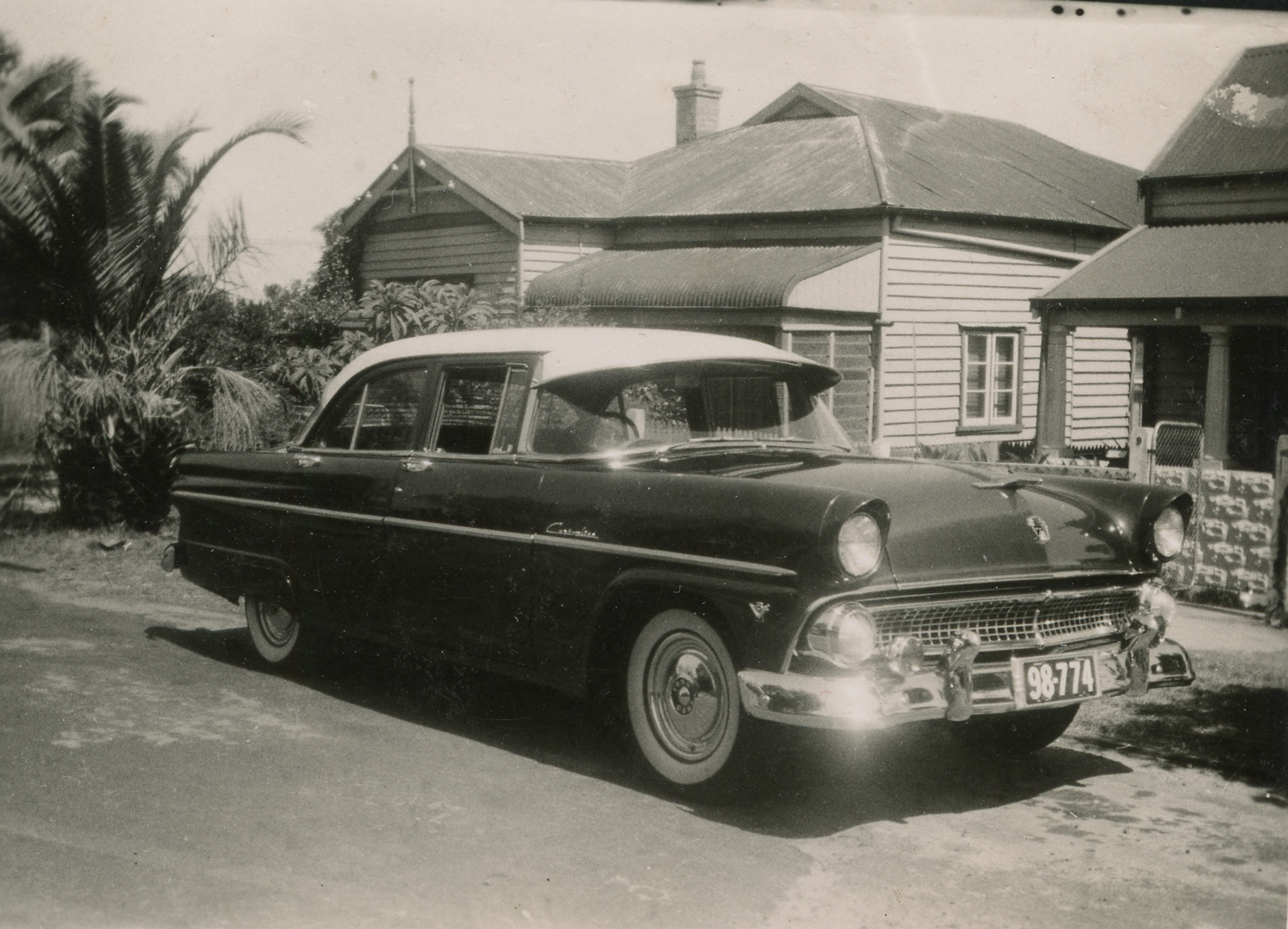 26. Ford on Peach St, 1950s