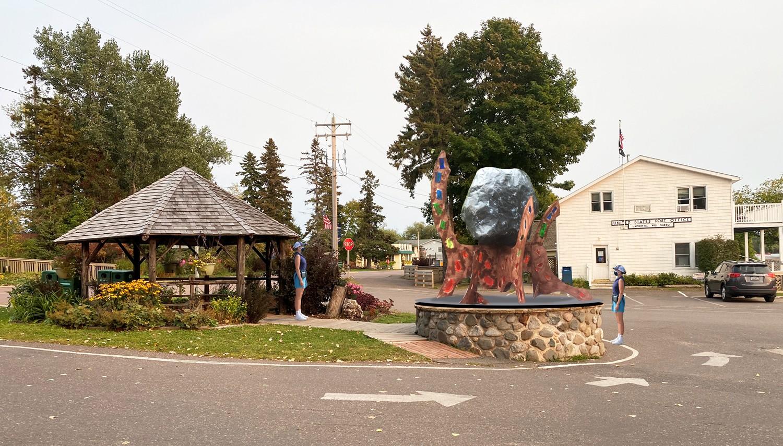 Bob Adams sculpture Pergola location
