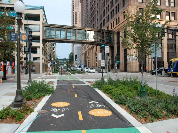 two-way protected bikeway