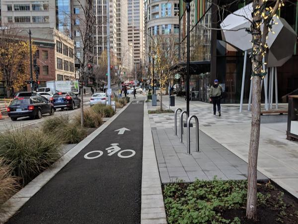 One-way protected bikeway