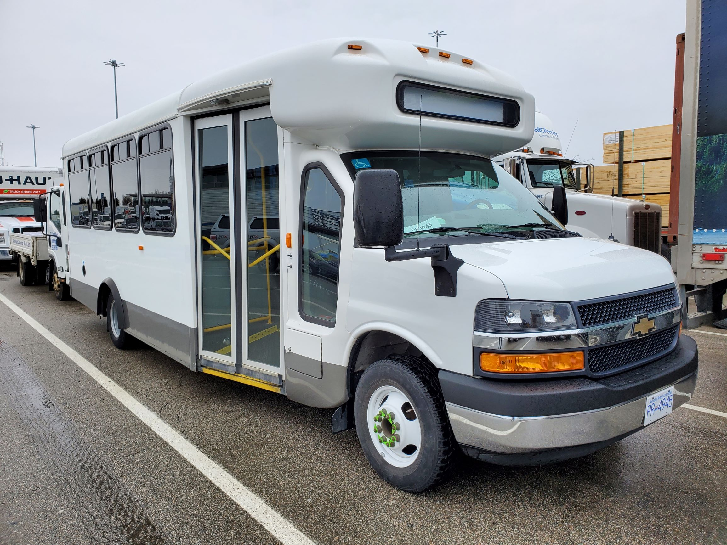 This is GERTIE's beautiful new (to us) bus, that will replace the one that got hit by a tree.  We need your help to give it a name, and you can make some suggestions below.
