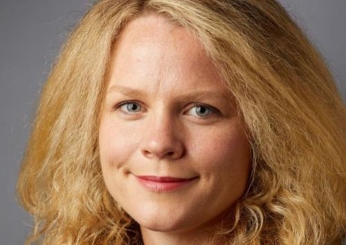 Dr. Janet MacNeil-Vroomen