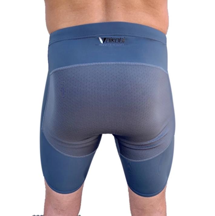 2x shorts or padded pants