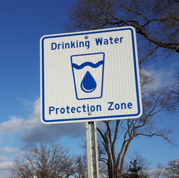 Image of a Drinking Water Protection Zone sign.