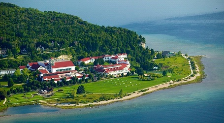 "<div style=""text-align: left;"">Mission Point Resort - Mackinac Island, MI</div>"